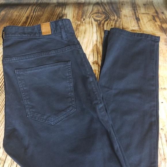 f3c2a505b8 Zara man skinny cut dark blue chino pants sz 32